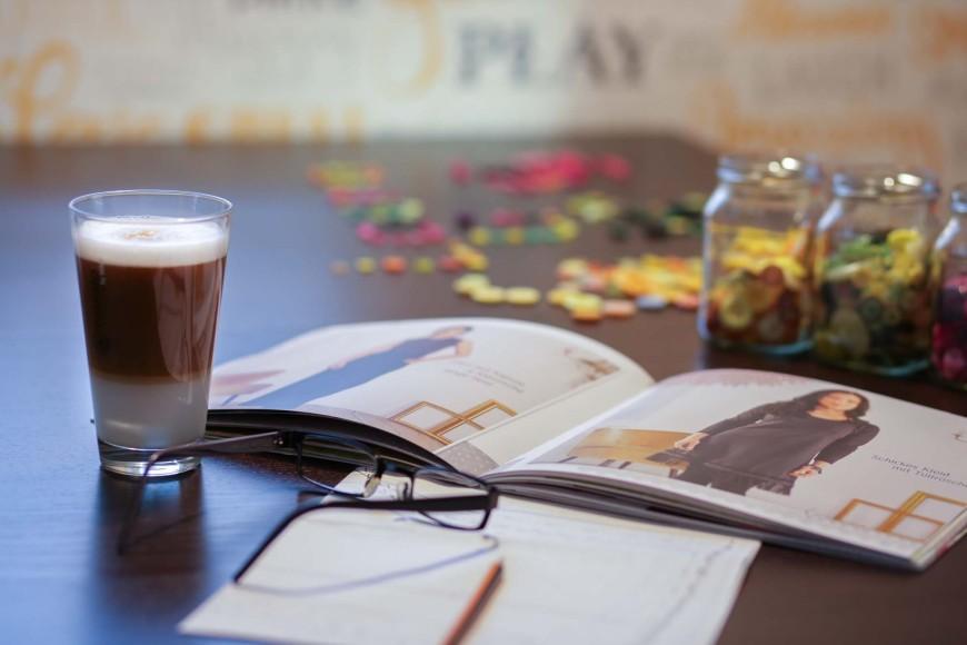 Nähen & heißer Kaffee