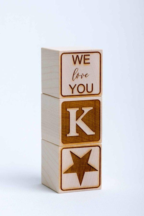 Holzwürfel Text WE love YOU gelasert positiv