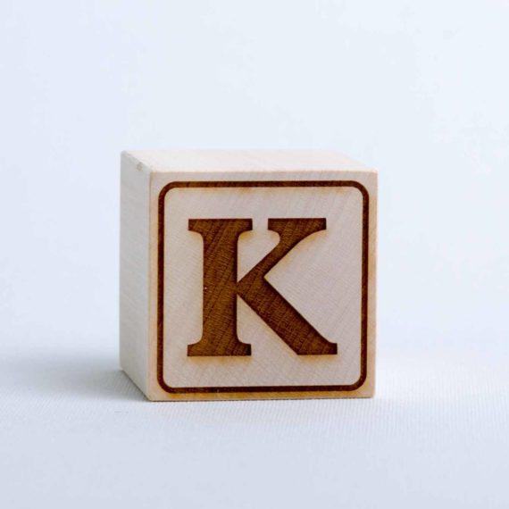 Holzwürfel mit Buchstabe K - positiv (eingelasert)