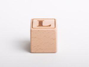 Holzwürfel L positiv gelasert