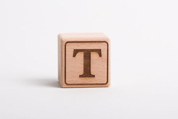 Holzwürfel T